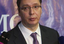 """""""RAZUMIJEM MLADE LJUDE"""" Vučić apeluje na odgovorno ponašanje i vakcinisanje"""
