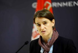 POKUŠAJ POLITIČKE OBMANE Brnabić: Srbija nije uticala na izbore u Crnoj Gori