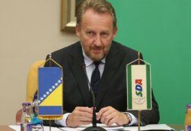 SDA poziva članice PIK da uvedu sankcije Dodiku