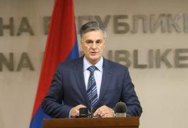 """""""IMOVINA VLASNIŠTVO ENTITETA"""" Karan ističe da stranci i Bošnjaci rade na preoblikovanju uređenja"""
