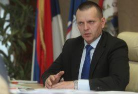 """LUKAČ PORUČIO """"Ministarstvo bezbjednosti da obezbijedi dodatni novac za čuvanje granice"""""""