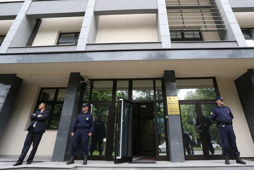 OBLJUBILI DJEVOJČICU Pedofilima iz Lopara 20 godina zatvora