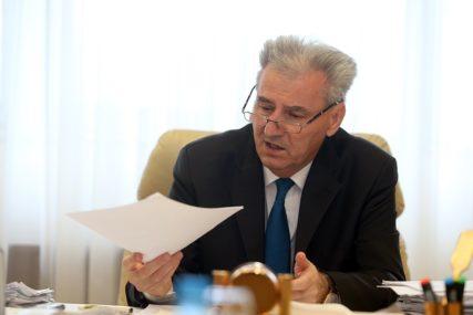 """IZVJEŠTAJ PROTIV BIVŠEG MINISTRA """"Savanović oštetio ministarstvo za 1,3 miliona maraka"""""""