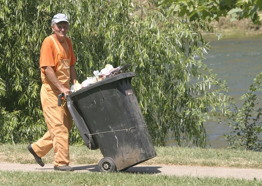 PROLJEĆNA AKCIJA UREĐENJA Pogledajte gdje možete odložiti krupni otpad u naseljima
