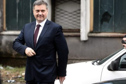 Zvizdić uoči sastanka u Berlinu: Reći ću pravu istinu o stanju u BiH