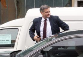 ZLOUPOTRIJEBIO POLOŽAJ I OVLAŠTENJA Prijava protiv Zvizdića zbog nezakonite podjele 450.000 KM