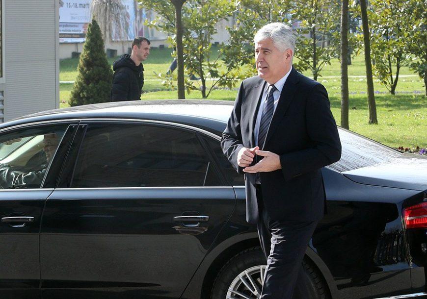 """Čović nakon sjednice HNS: """"U Federaciji pokušava da se napravi bošnjačka većina"""""""