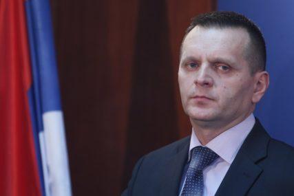 MUP OJAČAN SA 1.500 MLADIH POLICAJACA Lukač: Jedini garant mira, nakon ukidanja Vojske RS