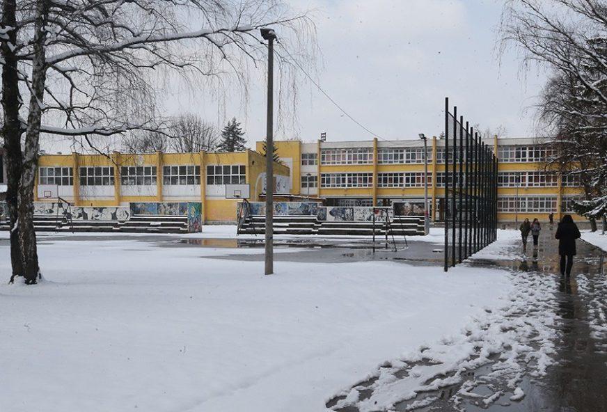 Prijava roditelja PODIGLA NA NOGE banjalučko tužilaštvo: Nastavnice u policiji zbog TUČE UČENICA