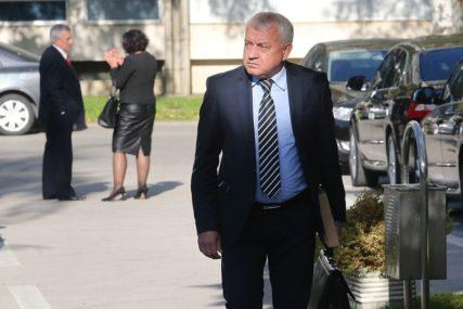 Mihajilica poručio da većina u Novom Gradu predvođena SNSD radi protivzakonito