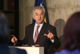 EKOLOŠKA KATASTROFA Šarović: Za saniranje zagađenja piralenom biće izdvojeno 600.000 dolara