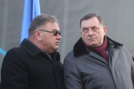 """BiH (SVE) BLIŽE NATO Ivanić: """"Dodik prevario narod, u MAP smo od 2018."""""""