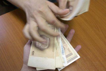 PROSJEK 962 KM Plate u BiH za oko pet odsto veće nego u septembru