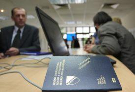 CIJENA OD 20 DO 100 DOLARA Na internetu se prodaju lični dokumenti građana iz BiH (FOTO)