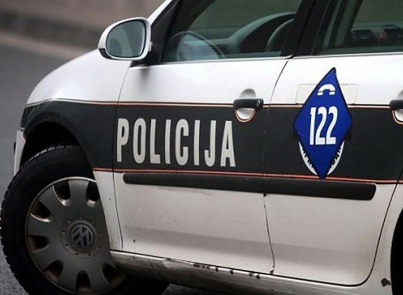 NESREĆA U ŠIROKOM BRIJEGU Dvije osobe povrijeđene u sudaru dva vozila
