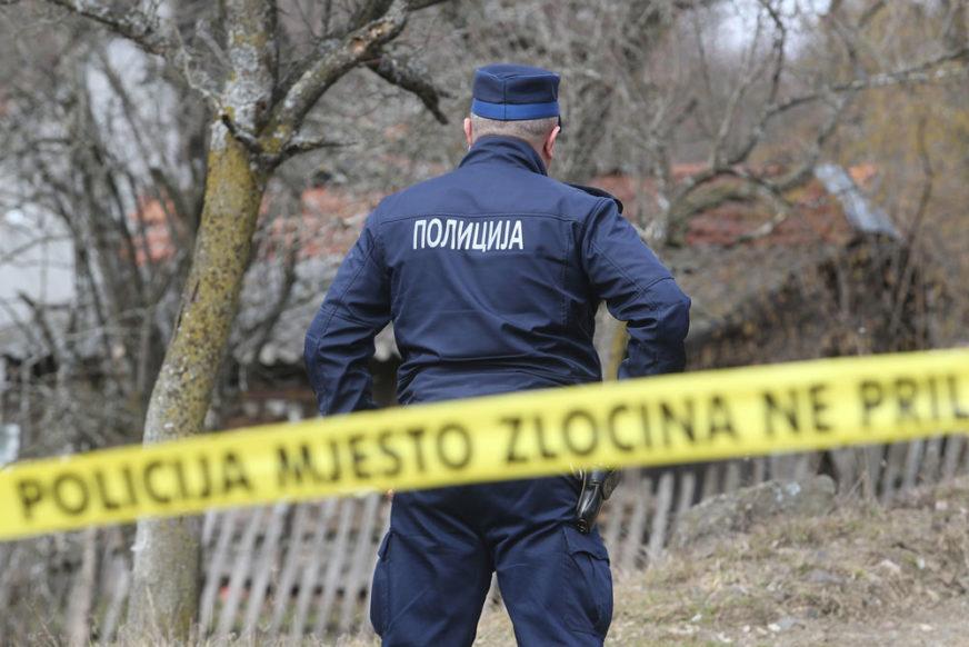 NESTAO PRIJE TRI MJESECA Muškarac (30) pronađen mrtav pored puta kod Bora