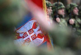 VUČIĆ SAOPŠTIO LOŠE VIJESTI Cijeli garnizon Vojske Srbije zaražen korona virusom