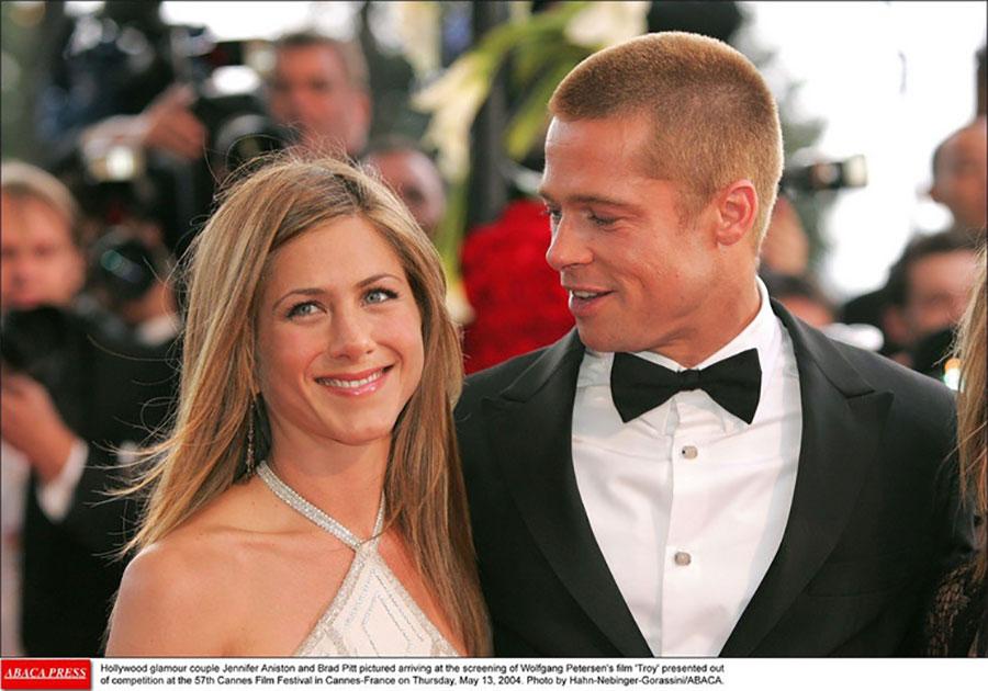 GLUMCI U ZAGRLJAJU Bred Pit došao na žurku Dženifer Aniston, na pomolu pomirenje