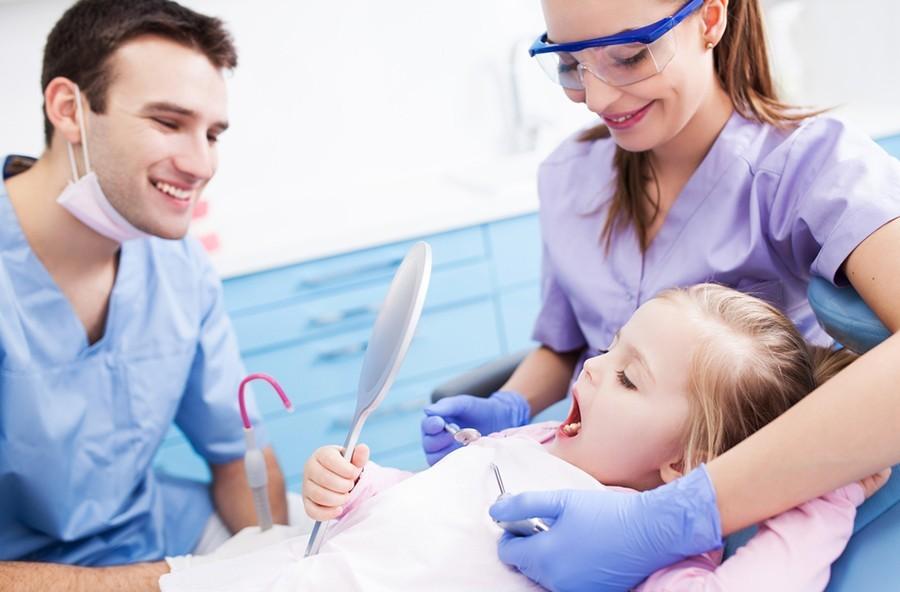 druženje tijekom stomatološke školemontreal besplatna usluga upoznavanja
