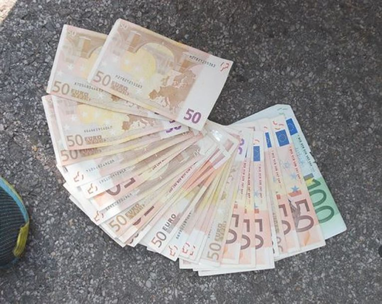 Crna Gora: Uloženo skoro pola milijarde evra u banke, preduzeća i nekretnine
