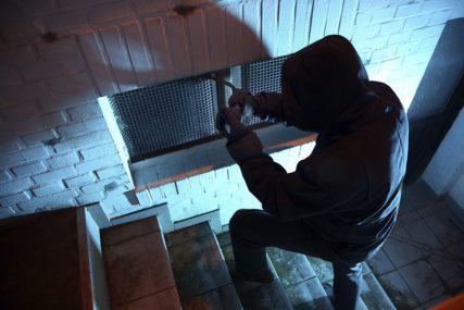 Lopovi iz kuće u Mokrom ukrali novac