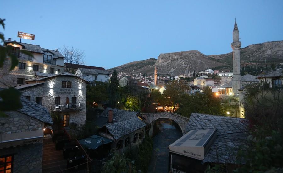 TLO NE MIRUJE Zemljotres ponovo zatresao Mostar (FOTO)