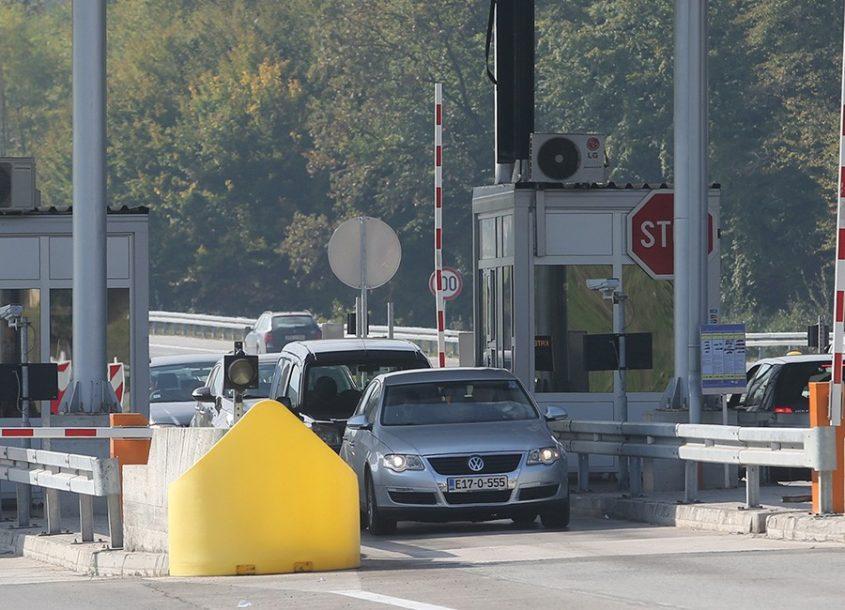 Rastu PRIHODI OD PUTARINA u Srpskoj:Vozači dnevno plate 22.000 maraka