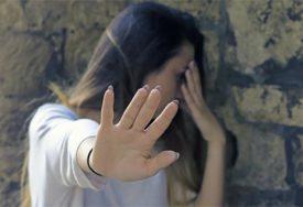 NASILJE ISPRED NOĆNOG KLUBA Mladić pretukao dvije djevojke jer su ga odbile