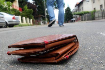 """""""SLJEDEĆI PUT ĆU DA GA ŠUTNEM"""" Jasmina pronašla novčanik, a onda je uslijedio šok"""