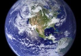 NEVJEROVATNE TEORIJE Jedina realna snaga u prirodi je elektromagnetizam, a Zemlja ima oblik DIJAMANTA
