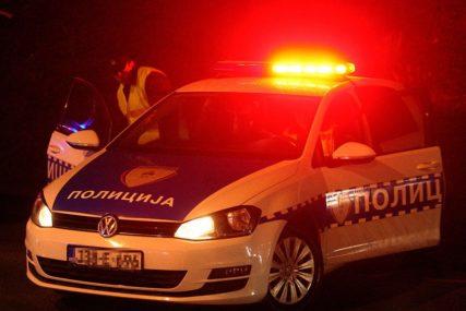 NESREĆA U BIJELJINI Djevojka povrijeđena pri sletanju automobila s kolovoza