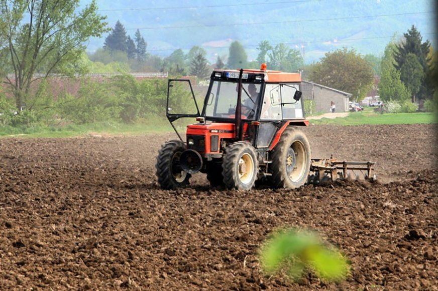 """Poljoprivrednici u FBiH najavili masovne proteste: """"One koji ne dođu smatraćemo NEORIJATELJIMA"""""""