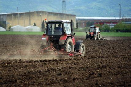 ZA JEDAN PROJEKAT BLIZU 200.000 KM Poziv poljoprivrednicima za bespovratna sredstva EU