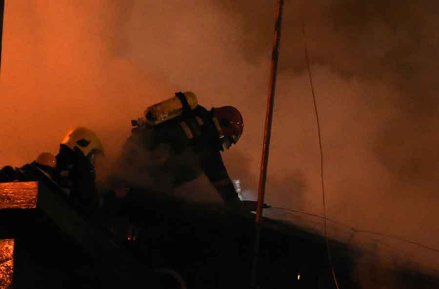 PALJEVINA KOD TESLIĆA U požaru oštećena vikendica