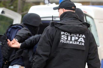 """DETALJI AKCIJE """"BLOG"""" U SARAJEVU Uhapšeno devet osoba, osumnjičeni da su drogu iz Holandije prebacivali u BiH"""