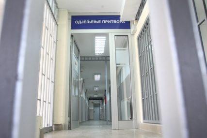 Jednomjesečni pritvor ženi koja je prijetila Vučićevoj djeci da će biti UBIJENI I SILOVANI