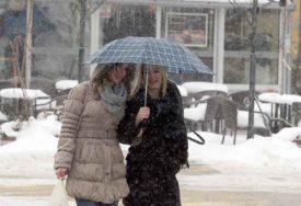 ZIMA U PROLJEĆE SE NE ŠALI Pred nama jedan oblačan i hladan dan, SNIJEG će nastaviti da pada