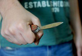 Prijeti mu 10 GODINA ROBIJE: Zatekao muškarca kod bivše djevojke, pa mu zario nož u stomak