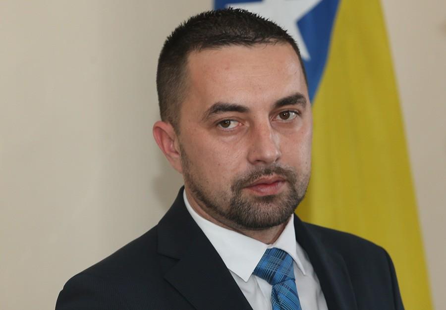 Boris Jerinić daje mandat Dodiku na raspolaganje