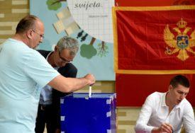 MILO VS OPOZICIJA 40:41 Ko će u Crnoj Gori imati vlast odlučiće stranke NACIONALNIH MANJINA