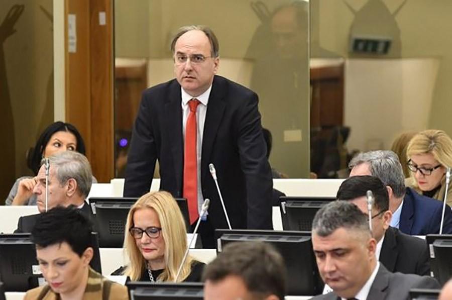 Damir Arnaut podnio ostavke na funkcije potpredsjednika i člana Predsjedništva SBB