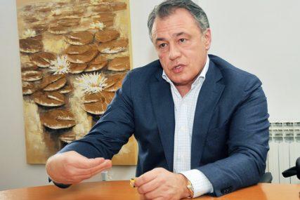 NEMA ISTRAGE PROTIV PEROVIĆA Tužilaštvo utvrdilo da prijetnje novinarima nisu bile decidno ozbiljne