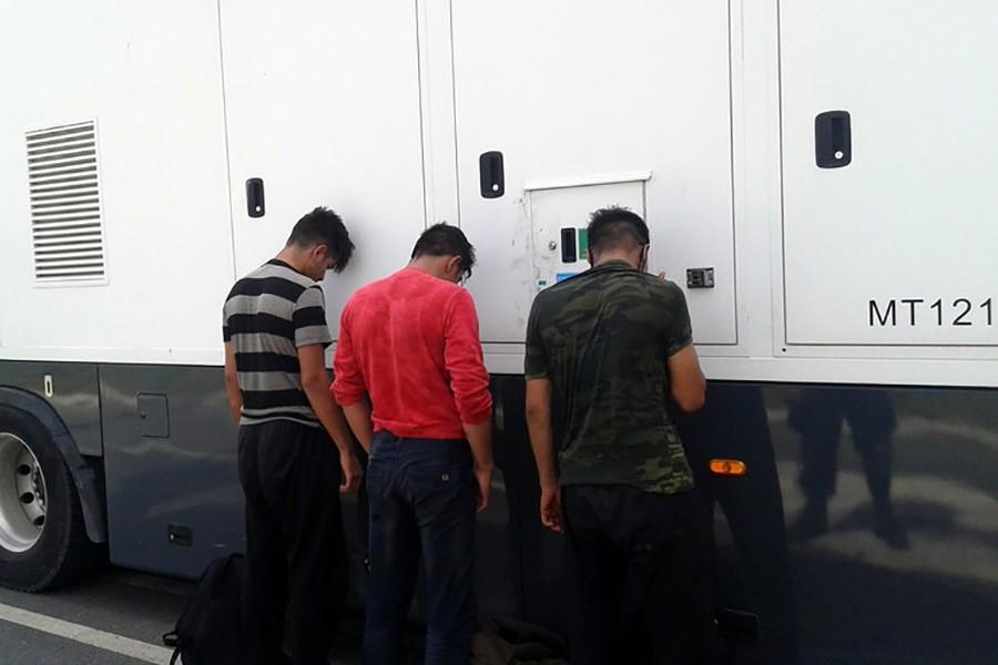 """POLICIJSKA AKCIJA """"EGIPAT"""" Uhapšene tri osobe zbog krijumčarenja migranata"""