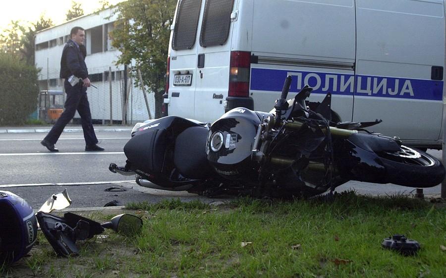 NESREĆA KOD ŠAMCA Motorista zadobio povrede glave