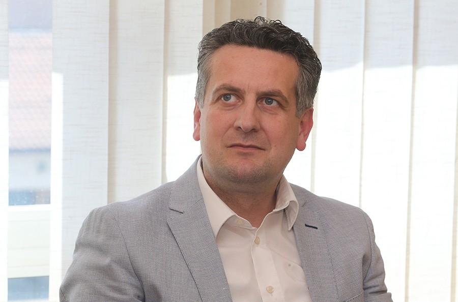"""""""UKINIMO I LOKALNE IZBORE"""" Vuković istakao da ga ne bi začudilo da SNSD predloži vraćanje na jednopartijski sistem"""