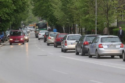 NOVI NAMET STUPIO NA SNAGU Vozači u Srpskoj plaćaju naknadu za ZAGAĐIVANJE ŽIVOTNE SREDINE
