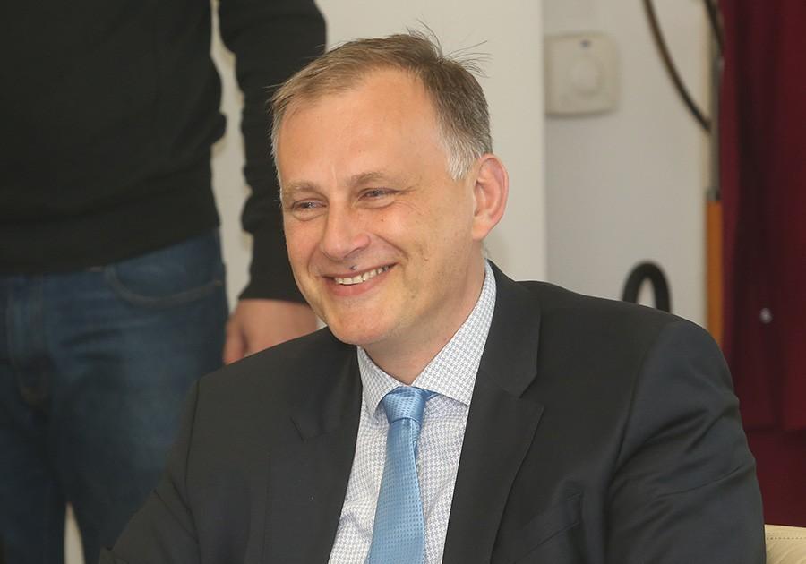 Saša Trivić za SRPSKAINFO: Poslodavci isplaćuju plate radnicima u skladu s tim koliko imaju para