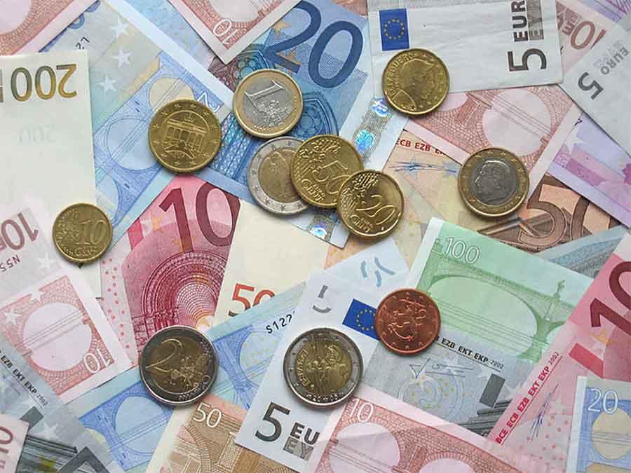 Crna Gora: Najveća bruto zarada isplaćena u sektoru telekomunikacija