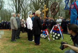 """MJESTA STRADANJA """"Nacionalna dužnost čuvati sjećanje na žrtve u Jasenovcu i Donjoj Gradini"""""""
