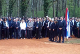 Udruženje logoraša: Molitvom odati počast nastradalim mučenicima u Jasenovcu i Donjoj Gradini